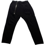 Baggy pants color negro de 'Zara'